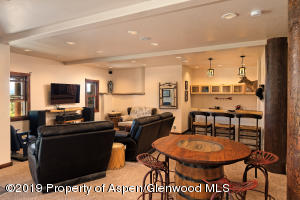 family room and wet bar