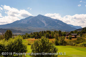 Mt. Sopris & golf course views