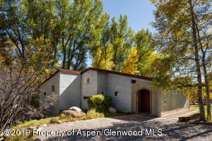 432 Twining Flats Rd Aspen CO-small-003-