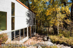 432 Twining Flats Rd Aspen CO-small-006-