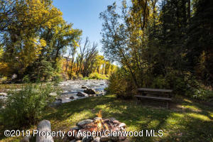 432 Twining Flats Rd Aspen CO-small-011-