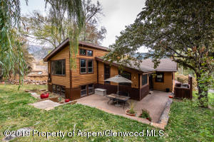 913 Red Mountain Drive, Glenwood Springs, CO 81601