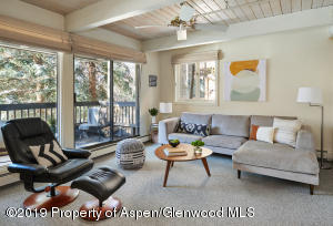 Living Room deck has views of Aspen Mountain and Gondola