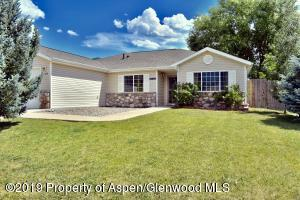 126 Cliff View Circle, Parachute, CO 81635