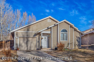 118 Current Drive, New Castle, CO 81647