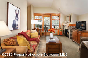 90 Carriage Way, 3513, Snowmass Village, CO 81615
