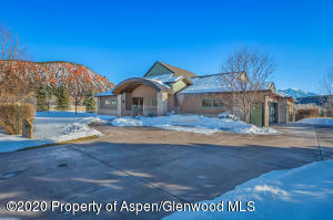 20 Whispering Water Circle, Carbondale, CO 81623