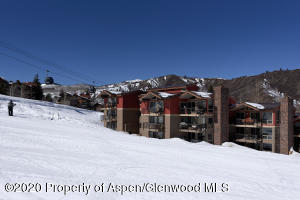 360 Wood Rd 106 Snowmass-large-001-026-T