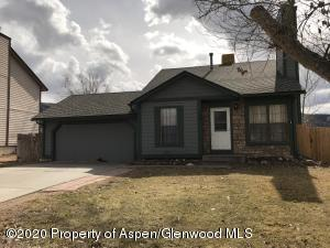 48 Rosewood Way, Parachute, CO 81635