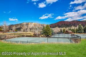 Aspen Glen tennis courts