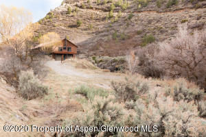 1101 314 COUNTY RD, New Castle, CO 81647