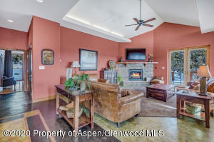 02_02_RFL__63_Crescent_Lane_Glenwood_Spr