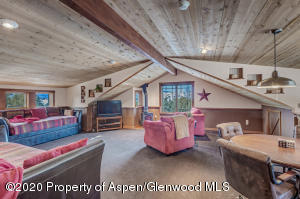 12_12_RFL__63_Crescent_Lane_Glenwood_Spr