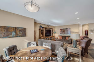 13_13_RFL__63_Crescent_Lane_Glenwood_Spr