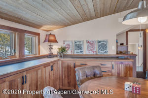 14_14_RFL__63_Crescent_Lane_Glenwood_Spr