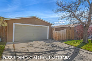 151 W Tamarack Circle, Parachute, CO 81635