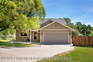 826 Mountain View Drive, New Castle, CO 81647