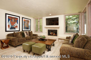 135 Carriage Way #30, Snowmass Village, CO 81615
