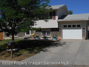 325 Fairway Avenue, Rifle, CO 81650