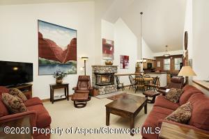 425 Wood Road, Unit 8, Snowmass Village, CO 81615