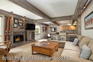 855 Carriage Way, Trails 107, Snowmass Village, CO 81615