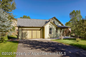 129 River Bend Way, Glenwood Springs, CO 81601