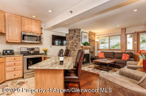 640 Carriage Way, 404, Snowmass Village, CO 81615