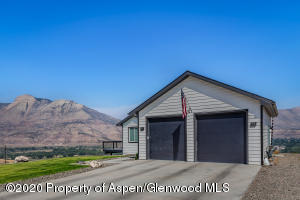 47 Willow View Way, Parachute, CO 81635