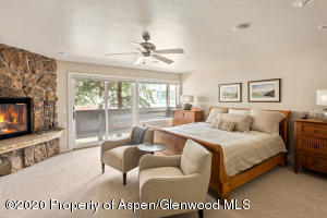 1015 E Hyman Avenue, Aspen, CO 81611