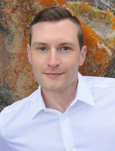 Alex Plumb agent image
