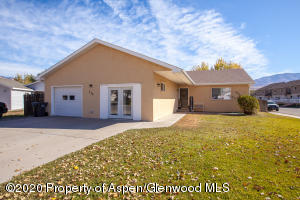 310 Meadow Drive Drive, Parachute, CO 81635