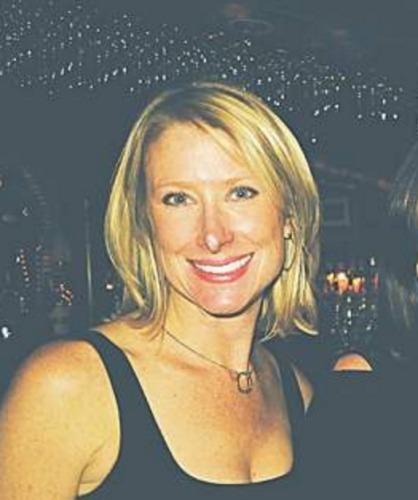 Tracy Lofgren agent image
