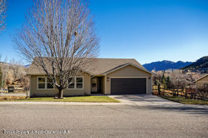 832 Mountain View Drive, New Castle, CO 81647