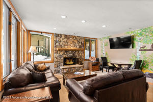 135 Carriage Way, 20, Snowmass Village, CO 81615