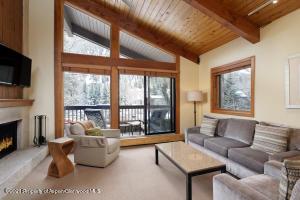 610 S West End Street, Unit D-303, Aspen, CO 81611