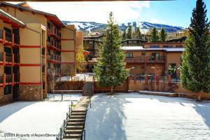 Stonebridge courtyard and Sam's Know ski trails.