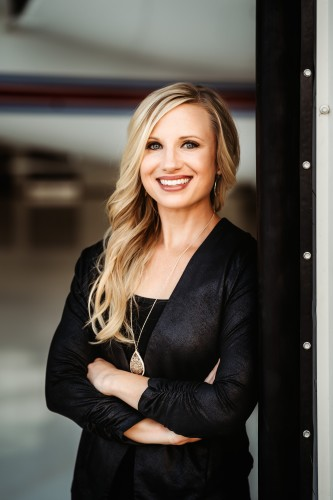 Kelly Bartunek agent image