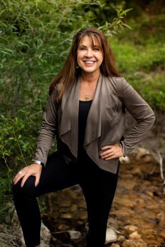 Michelle James agent image