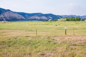 1000 Flag Creek Drive, Meeker, CO 81641