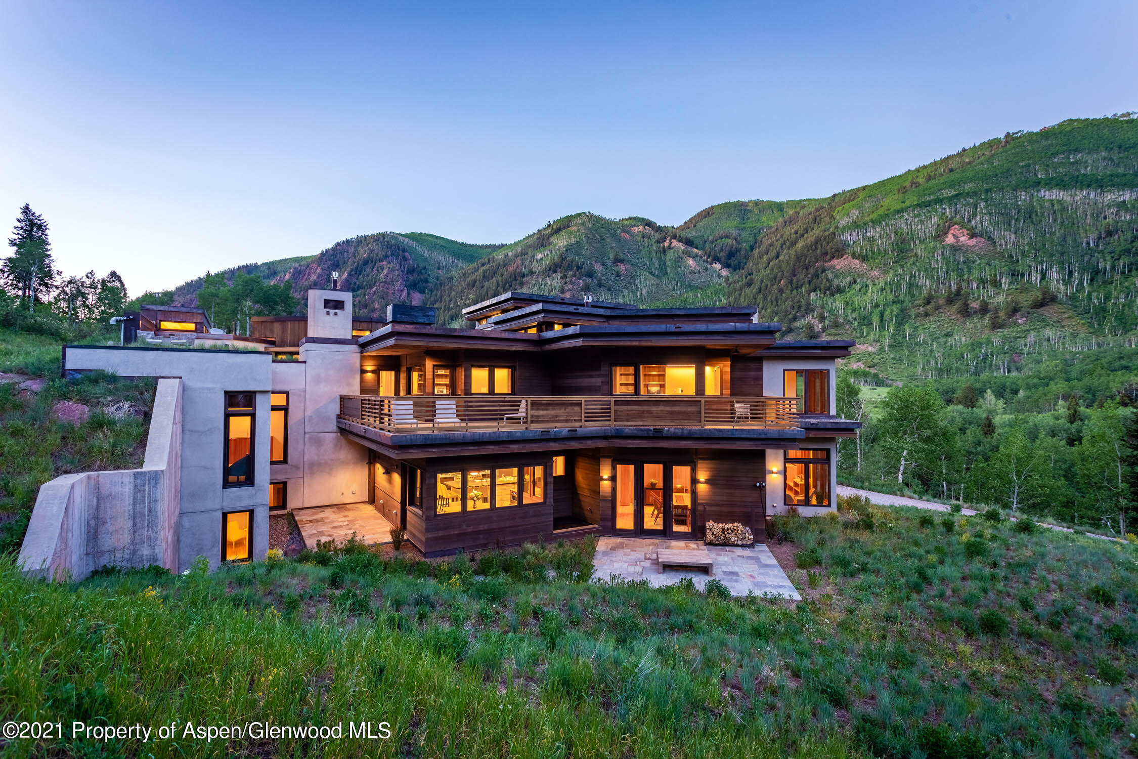 Nestled under Aspen Highlands and less than five miles from downtown Aspen, this striking architectural masterpiece is an amazing find.  Stunning views with tasteful  modern design awaits   The woodwork is meticulously crafted and into one of the most beautiful natural settings one can only dream about.   Ideally situated just above the Conundrum and Castle Creek Valleys, this tranquil oasis is surrounded by National Forest yet only minutes to downtown Aspen.