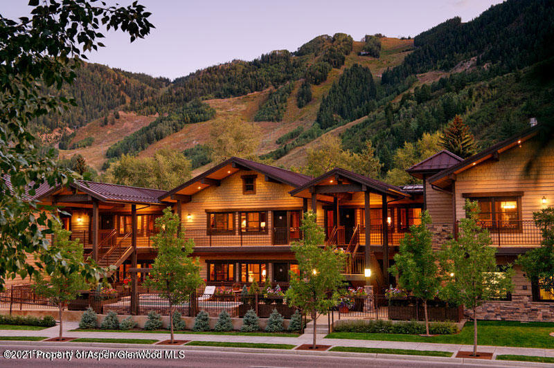A hidden gem in the City of Aspen! Innsbruck offers a great location to Skiing in the winter or walk to music in the summer. Owners love the lifestyle ownership to be able to pick their favorite Seasons if you are a Summer or Winter visitor or both!  4 weeks total per year consisting of 3 prime weeks and one shoulder week. All the units are comfortable and nicely appointed. Amenities include Pool, jacuzzi outdoor fireplace, on site parking, shuttle service and front desk.