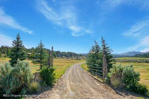 6900 County Road 7, Meeker, CO 81641