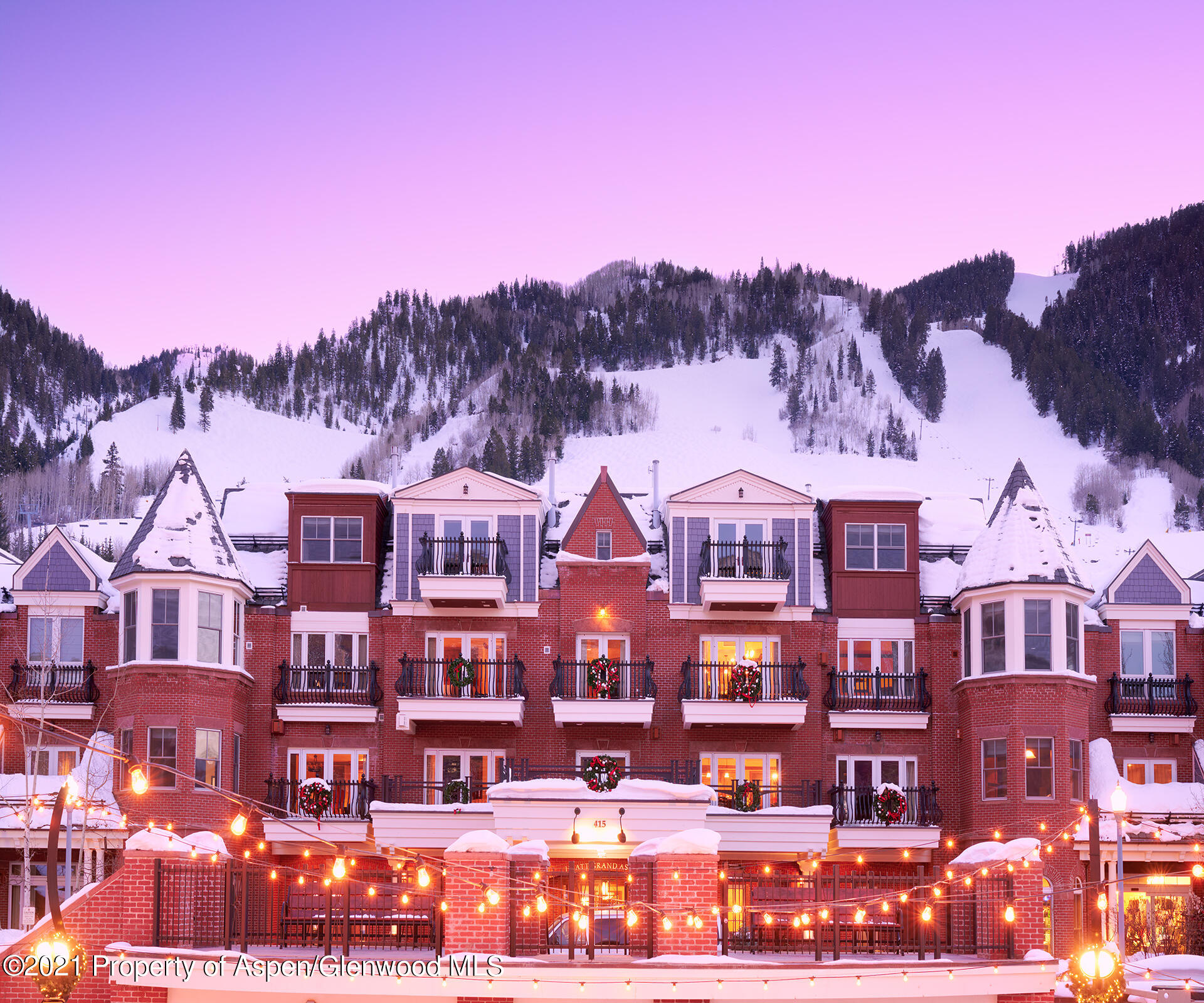 Enjoy Aspen's prime holiday weeks (Christmas/New Years) every year with fixed weeks 51/52 plus an approx. 20 days of float time. Unit 29 is often referred to as the best unit in the building. Enjoy beautiful views overlooking town to Red Mountain. The spacious condo (2,321 sq.ft.) is located on the 3rd floor.  Host a large group of friends and family with bedding for 8+ (see floor plan/bedding under documents tab)! Hyatt Grand Aspen offers outstanding service and amenities. Walk to restaurants, shopping, gondola and everything Aspen has to offer. 2021 dates: Sat, December 18th to Sat, January 8th (3 weeks!). 2022 dates: Sat, December 24th to Sat, January 7th.