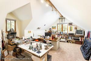 Studio/4th bedroom