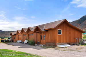 Side view of Barn/Garage/Shop