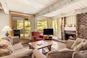 855 S Carriage Way, Slope 206, Snowmass Village, CO 81615