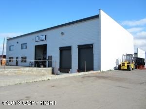6627 Rosewood Street, Anchorage, AK 99518