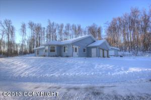 15155 W Loon Drive, Big Lake, AK 99652