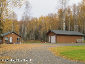 13013 N Barrington Loop, Willow, AK 99688