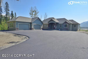 14046 E River Bend Circle, Palmer, AK 99645